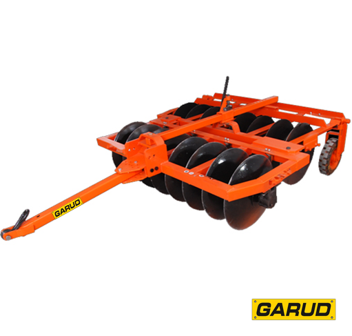 compact trailing disc harrow